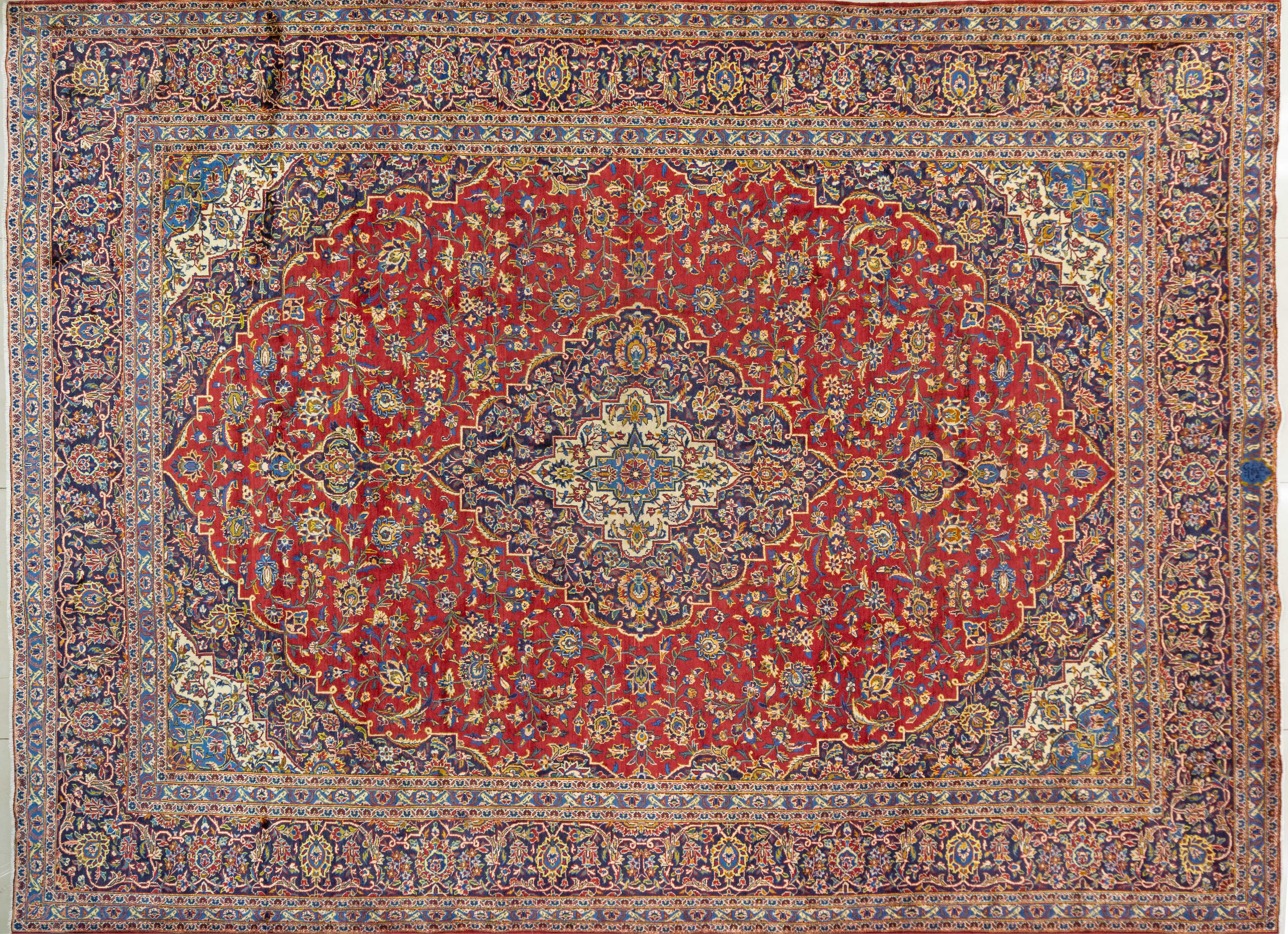 A Persian Hand Knotted Kashan Carpet, 410 X 306