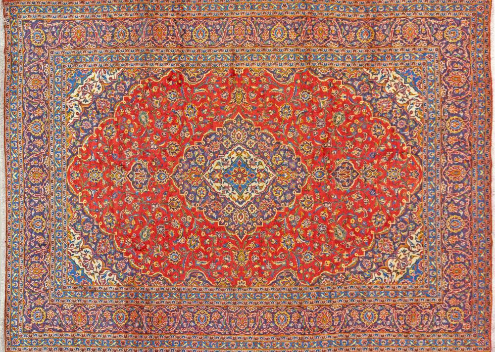 A Persian Hand Knotted Kashan Carpet, 400 X 300