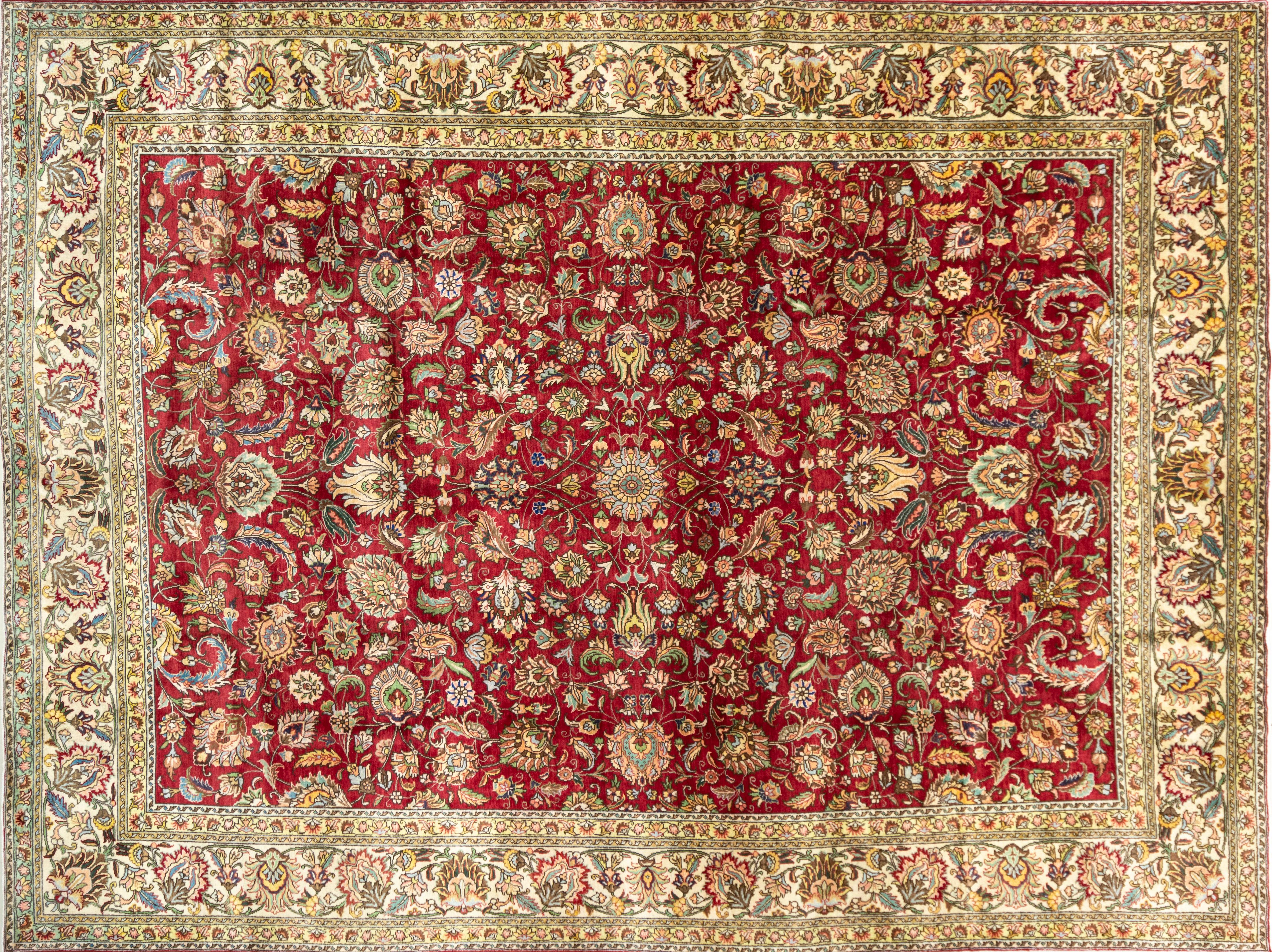 A Persian Hand Knotted Tabriz Carpet, 390 x 291