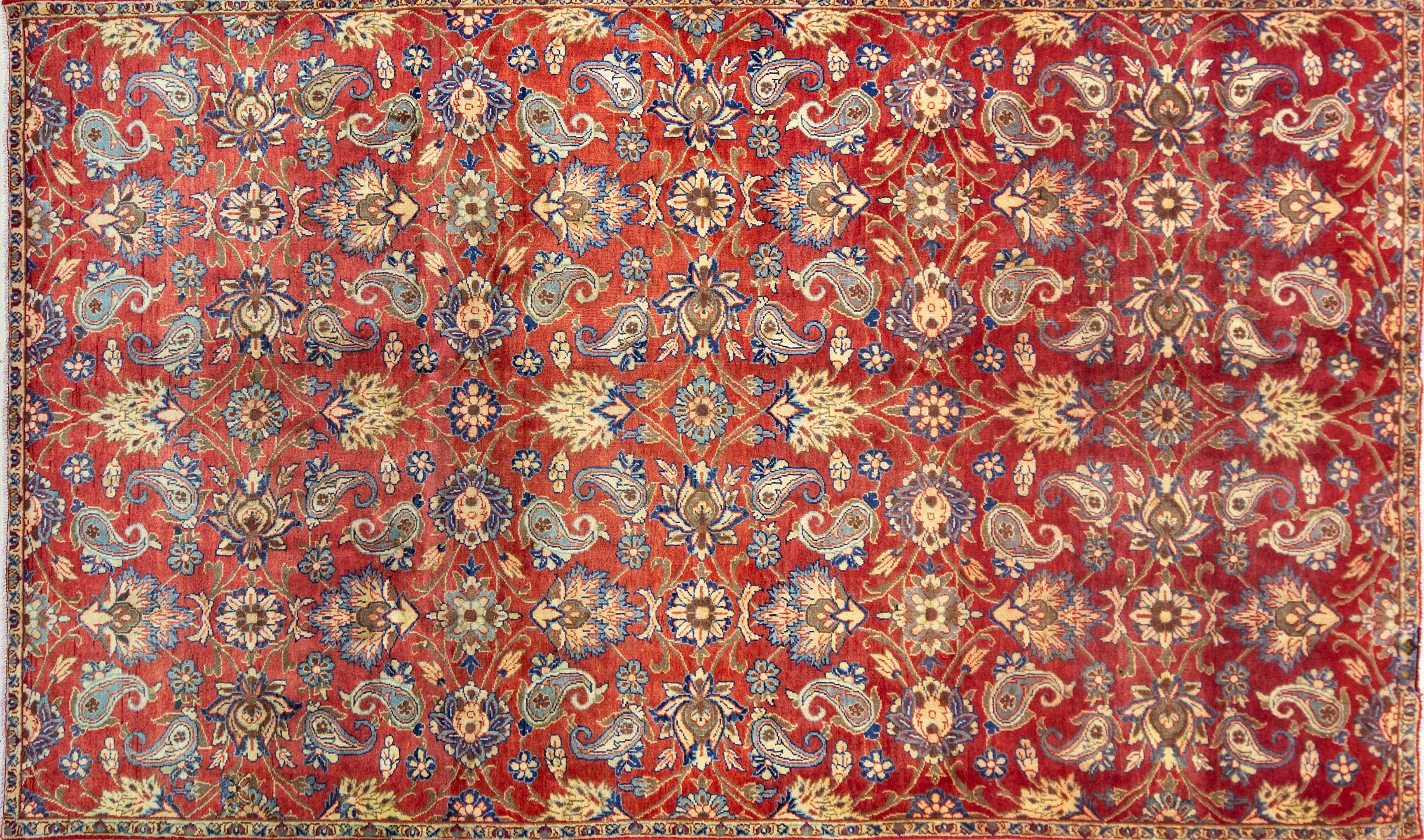 A Persian Hand Knotted Najafabad Carpet, 298 x 177