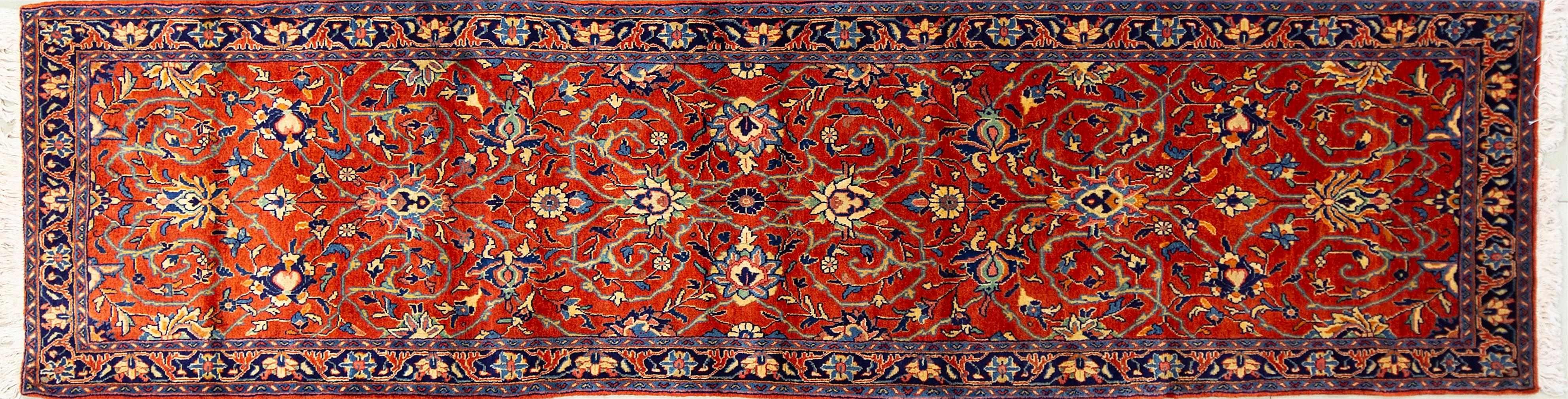 A Persian Hand Knotted Sarough Runner, 302 x 80