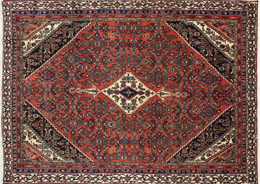 A Persian Hand Knotted Hamadan Carpet, 325 x 242