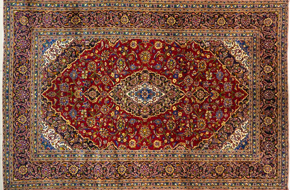 A Persian Hand Knotted Kashan Carpet, 360 x 241