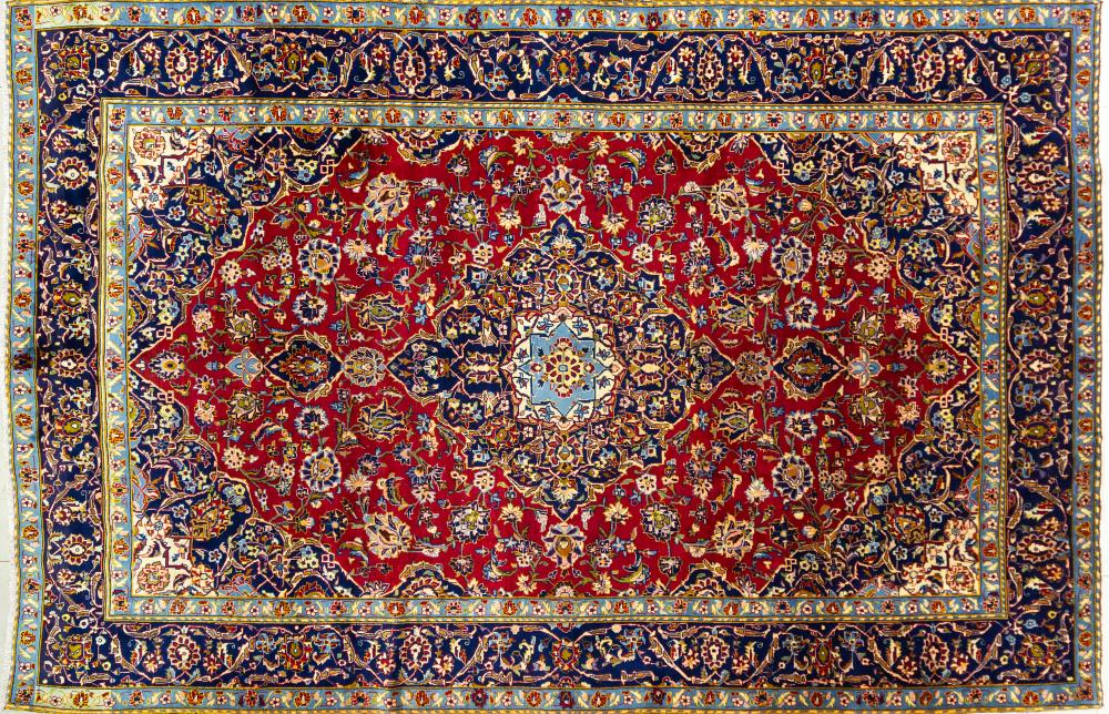A Persian Hand Knotted Ardakan Carpet, 371 x 247