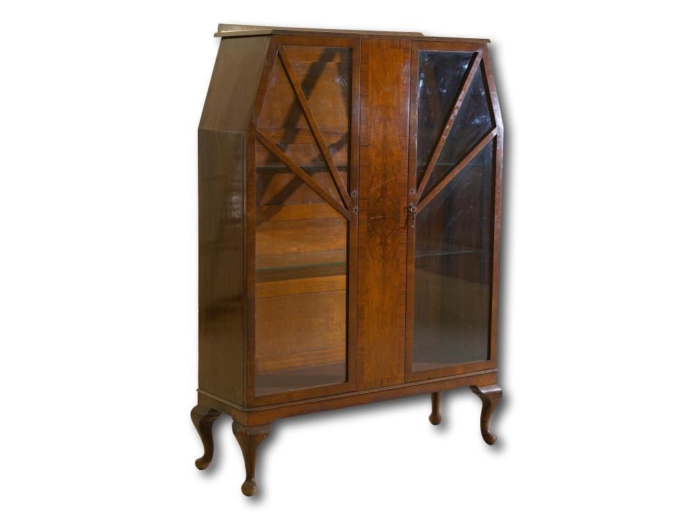 An Art Deco Display Cabinet with Burr Walnut Veneer, 153 x 111 x 38