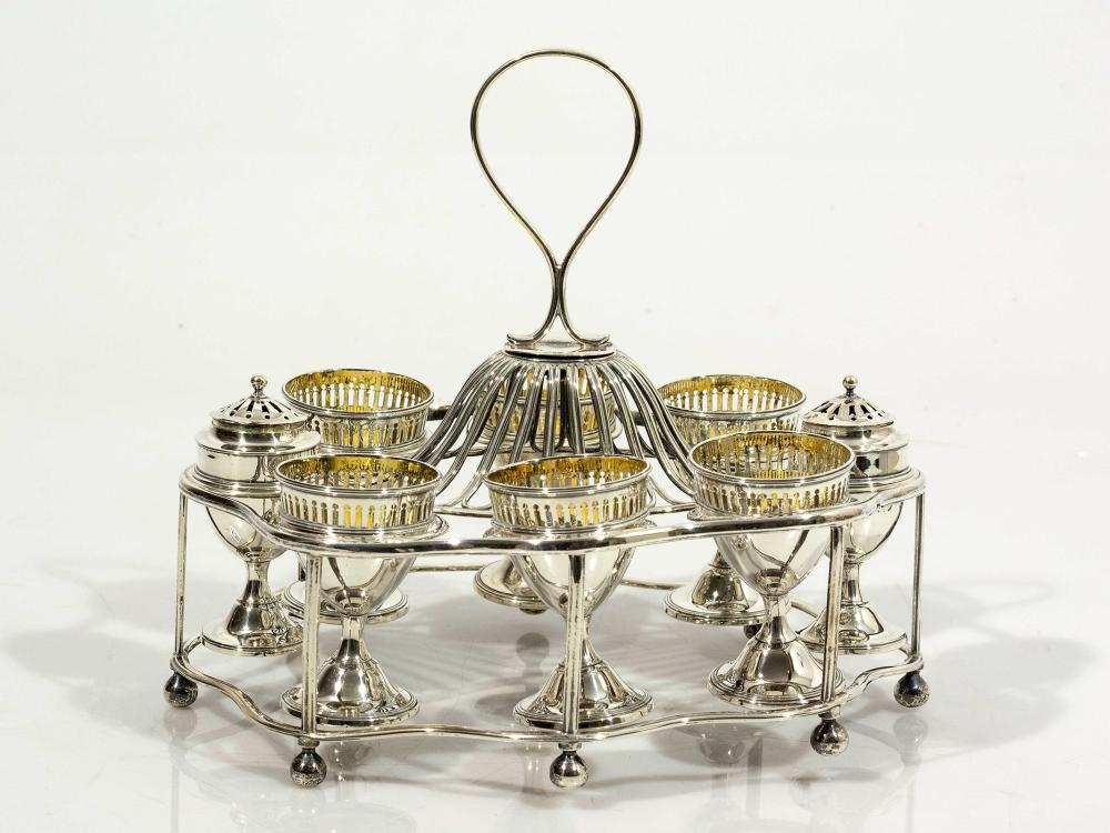A King George III Hallmarked Silver 6 Cup Egg Cruet by Robert Hennell I of London, 1809, total weight 852g
