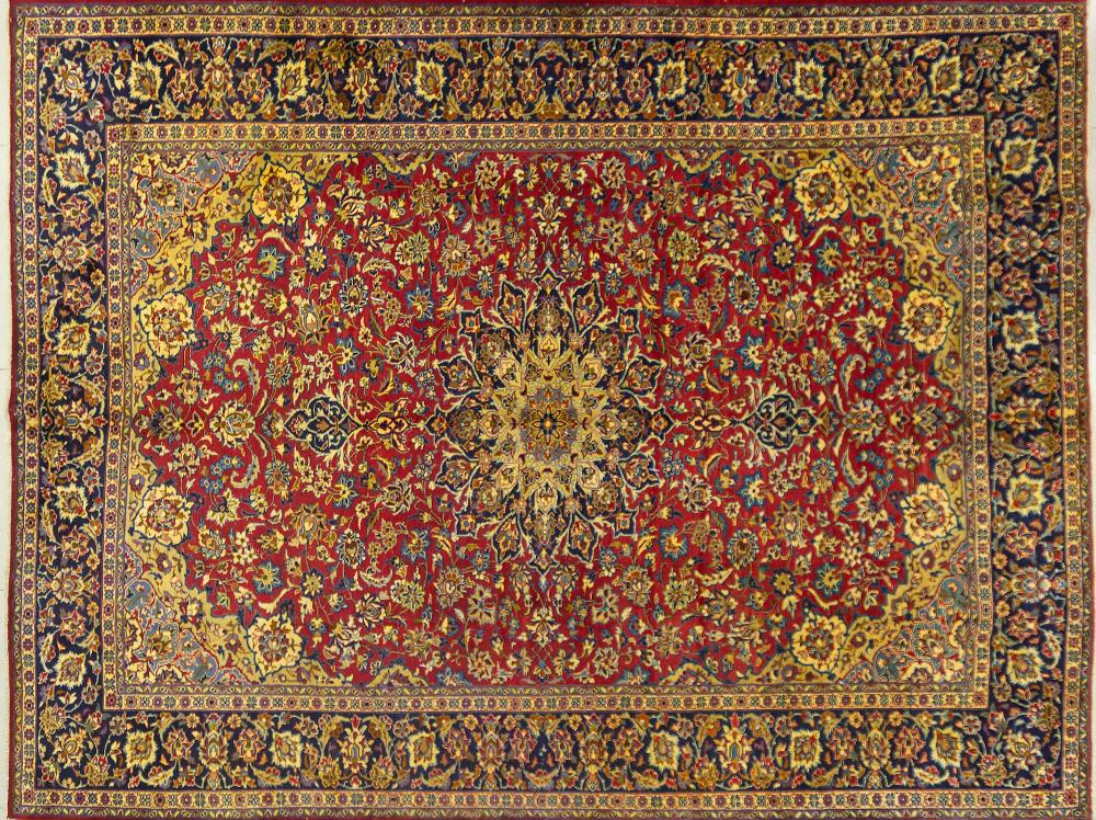 A Persian Hand Knotted Najafabad Carpet, 395 x 300