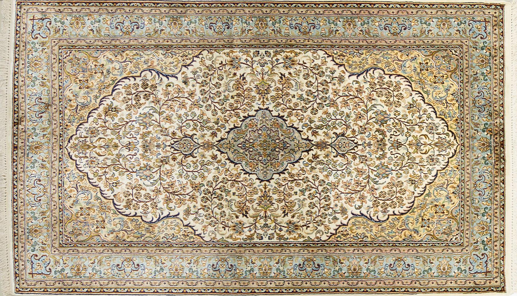 A Hand Knotted Silk Keshmiri Rug, 156 x 91
