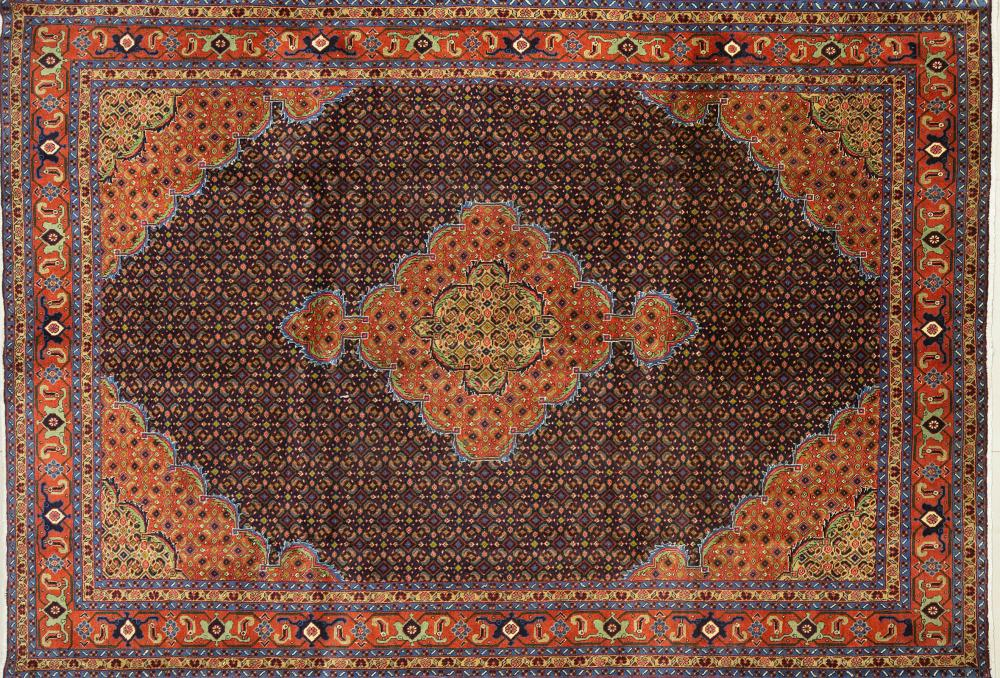 A Persian Hand Knotted Ardebil Carpet, 287 x 204