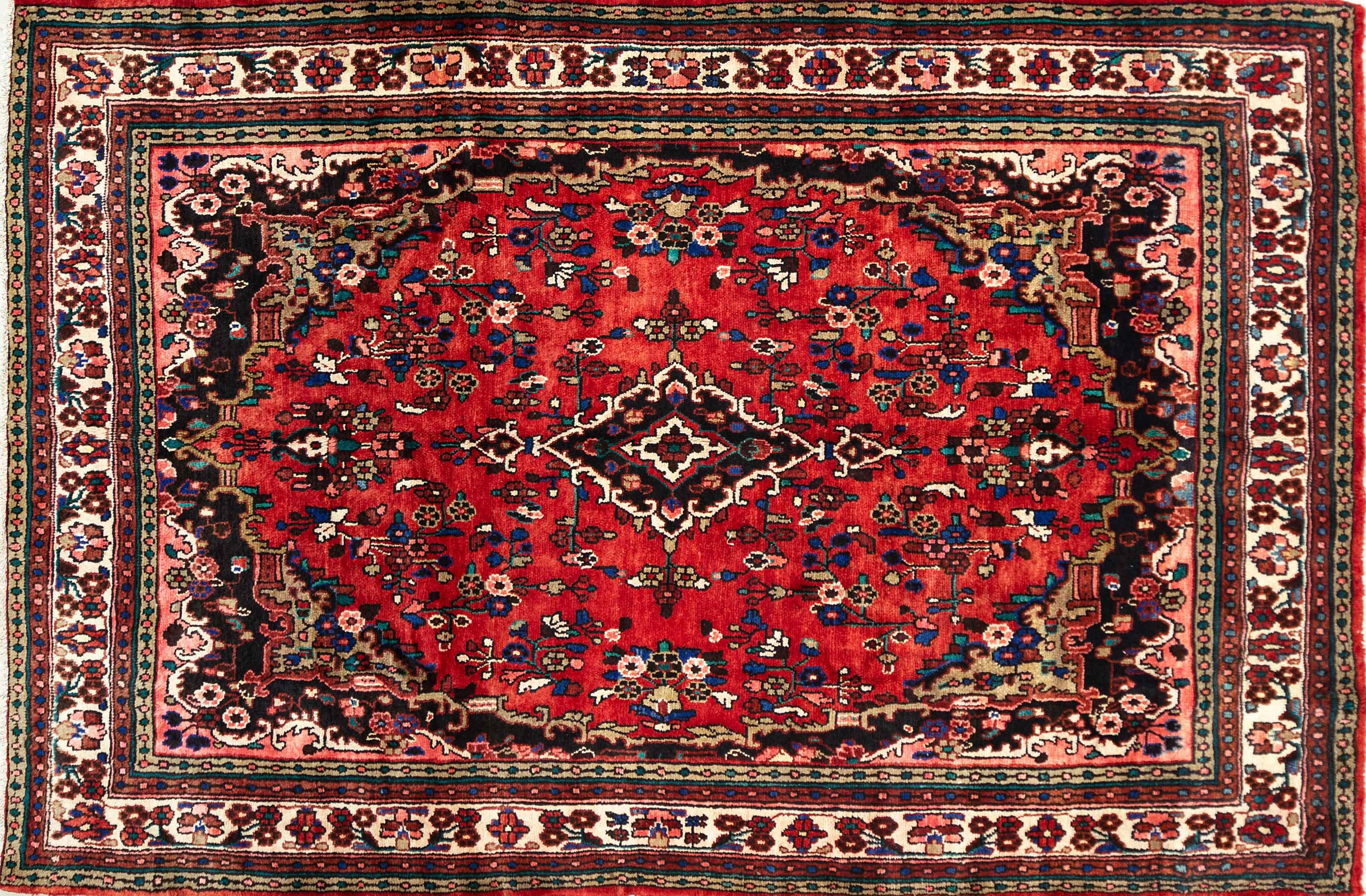 A Persian Hand Knotted Hamadan Carpet, 314 X 208