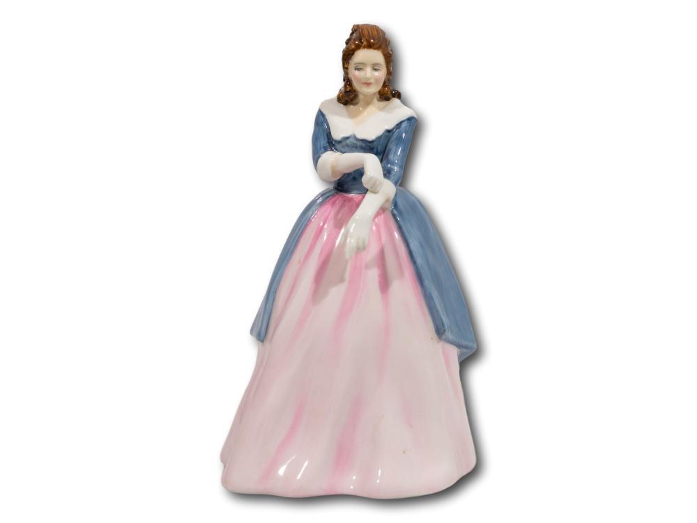 "A Royal Doulton ""Maxine"" Porcelain Figurine, HN3199"
