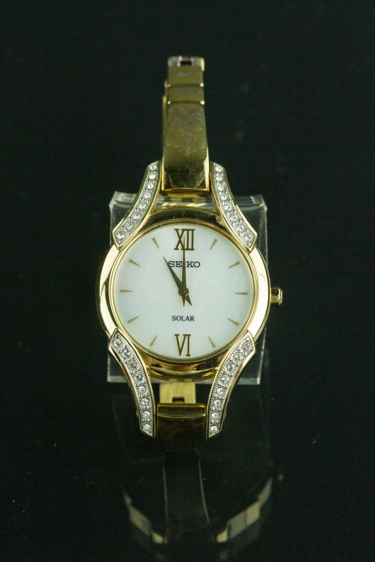 Seiko Solar Ladies Watch with Mother of Pearl Dial