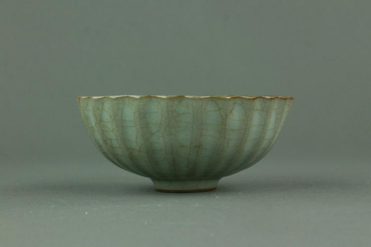 Chinese Guan Type Porcelain Lobed Bowl