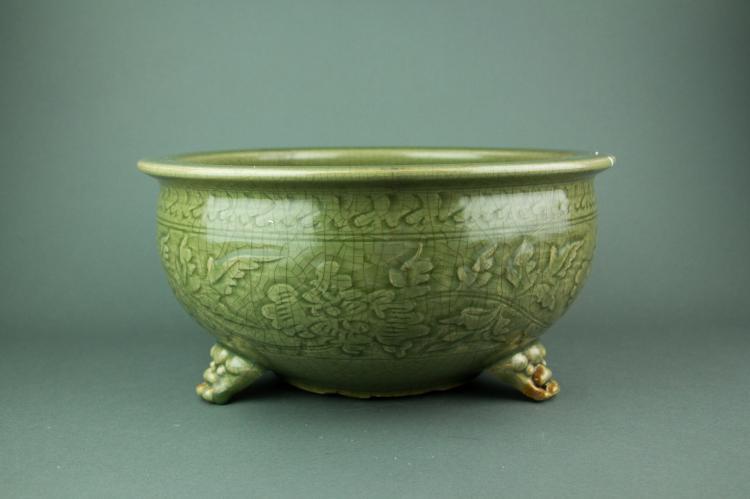 Ming Period Celadon Tripod Porcelain Basin