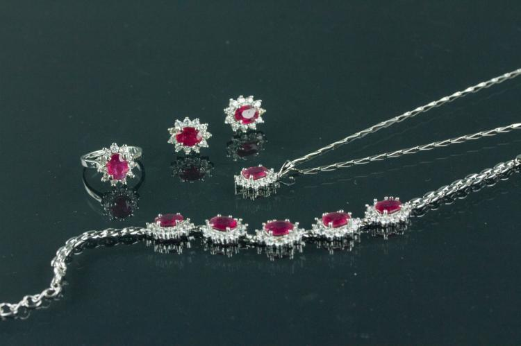 Set of Ruby Ring Earring & Necklace w/ Certificate