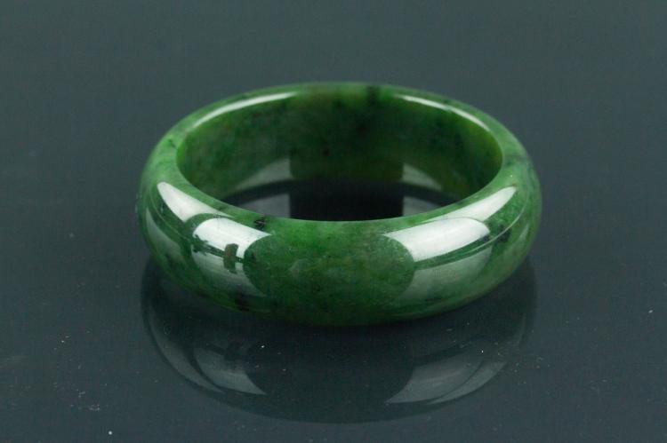 Chinese Fine Green Jade Bangle