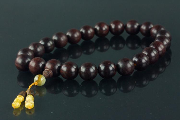 Chinese Red Wood with Hardstone and Amber Necklace