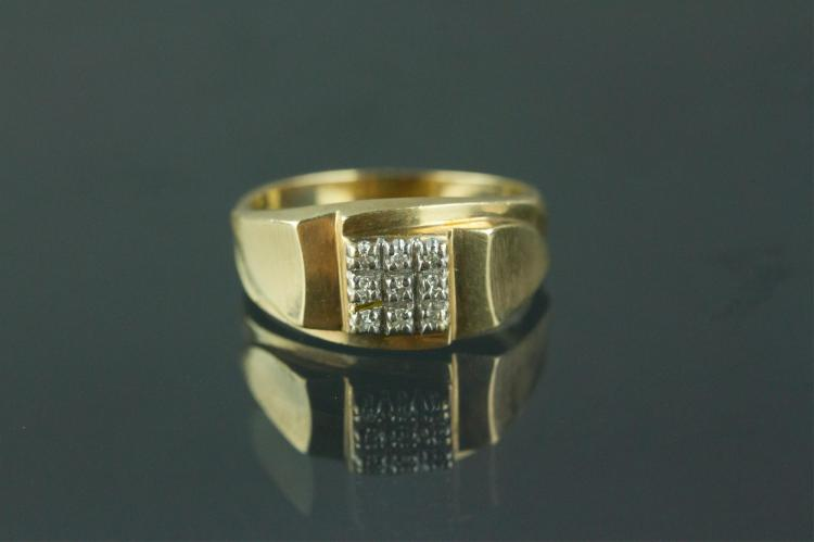 10K Stamped Men's Ring with Diamonds