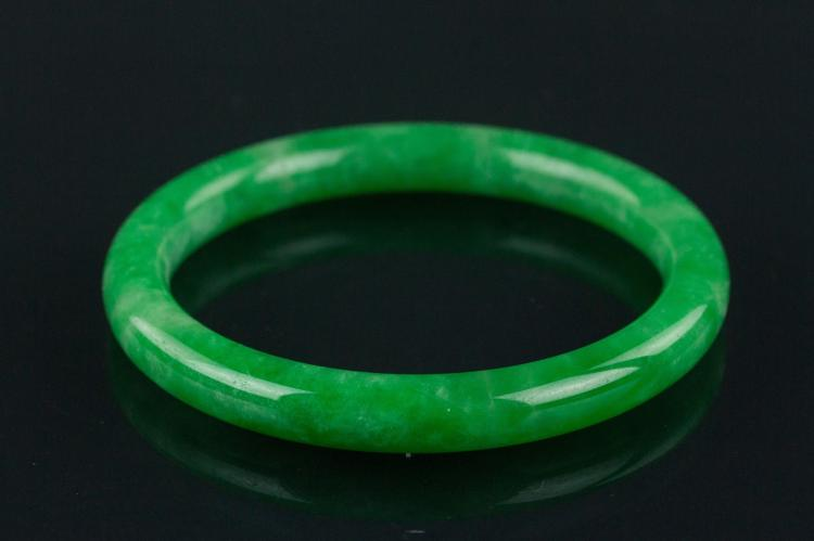 Chinese Imperial Green Jadeite Bangle