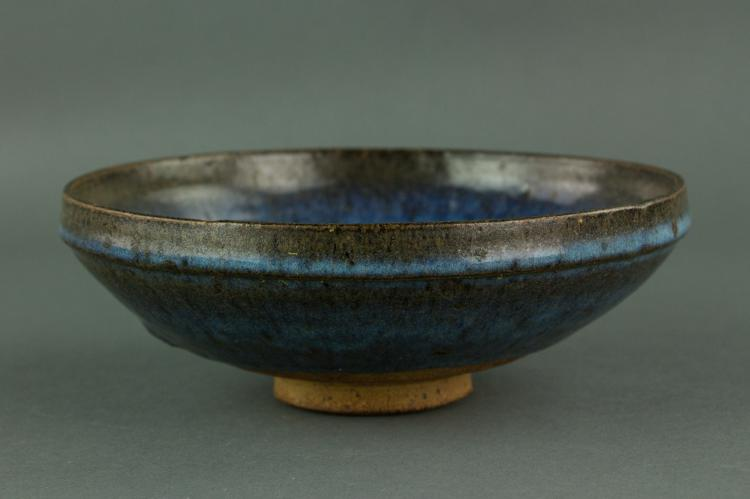 Chinese Song/Yuan Style Junyao Porcelain Bowl