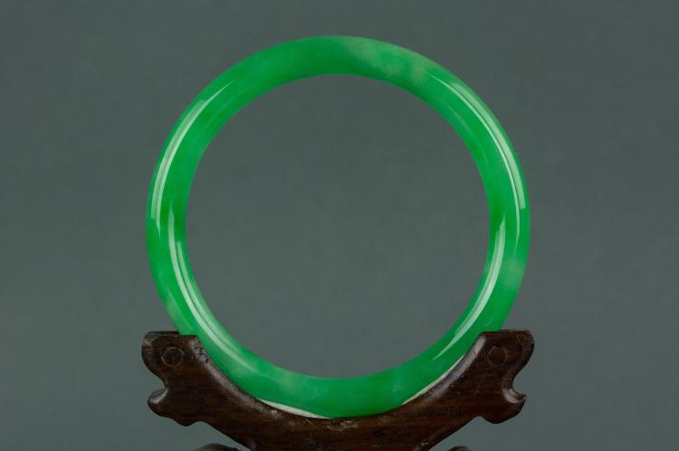 Chinese apple green jadeite bangle for Furniture 888 formerly green apple