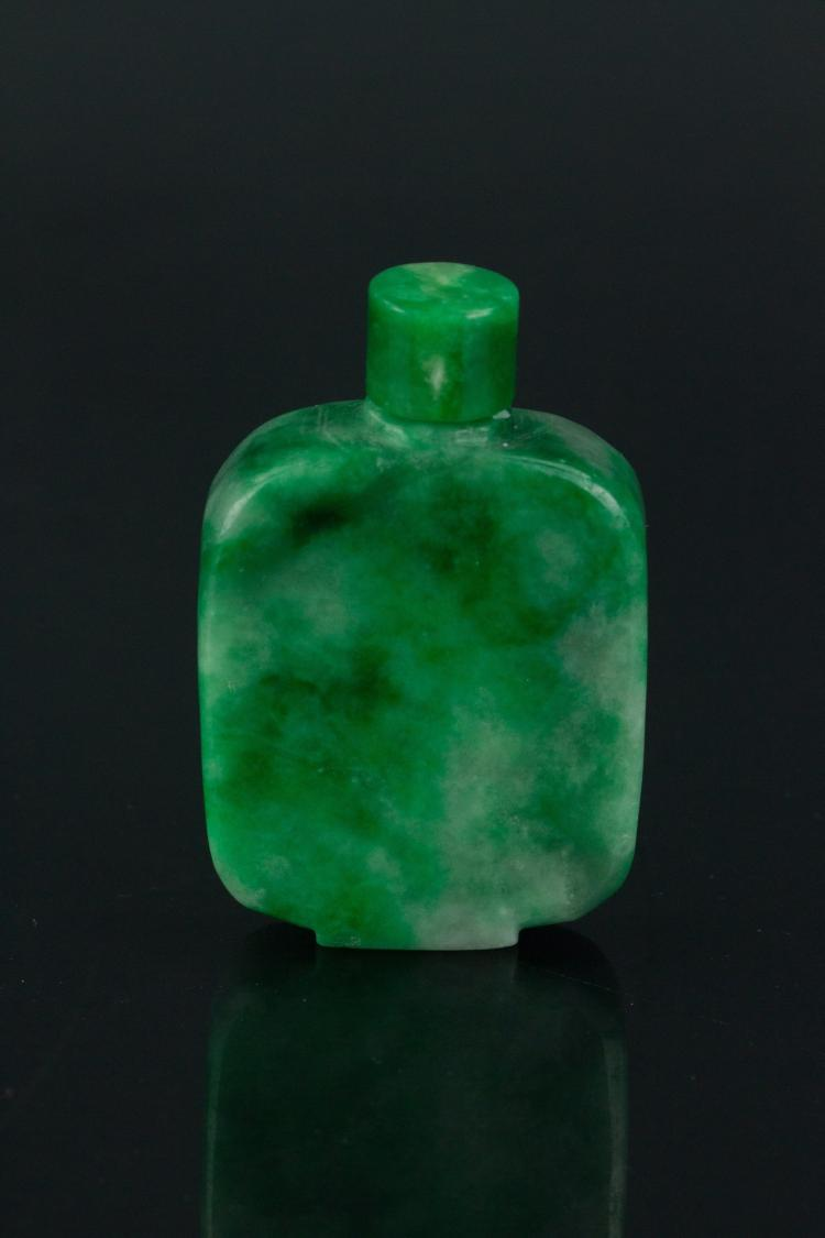 19th Century Chinese Green Jade Snuff Bottle