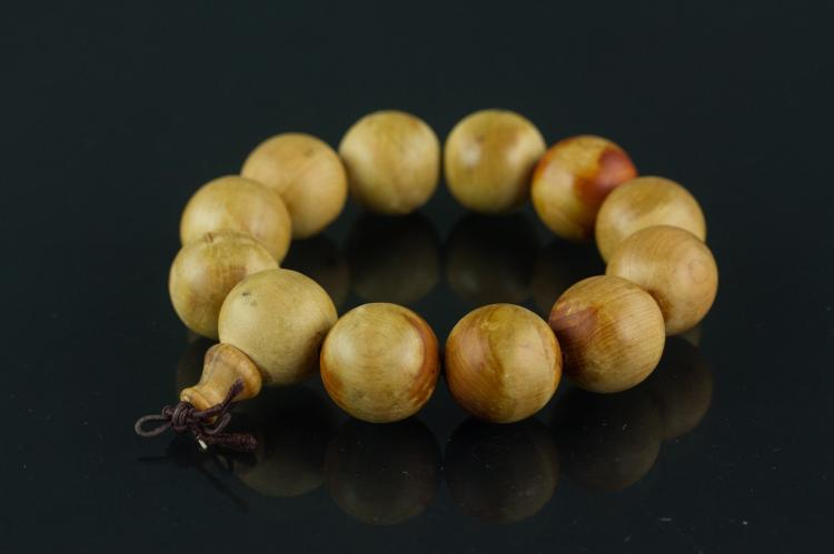 Chinese Ya Bai Thuja Sutchuenensis Wood Bracelet