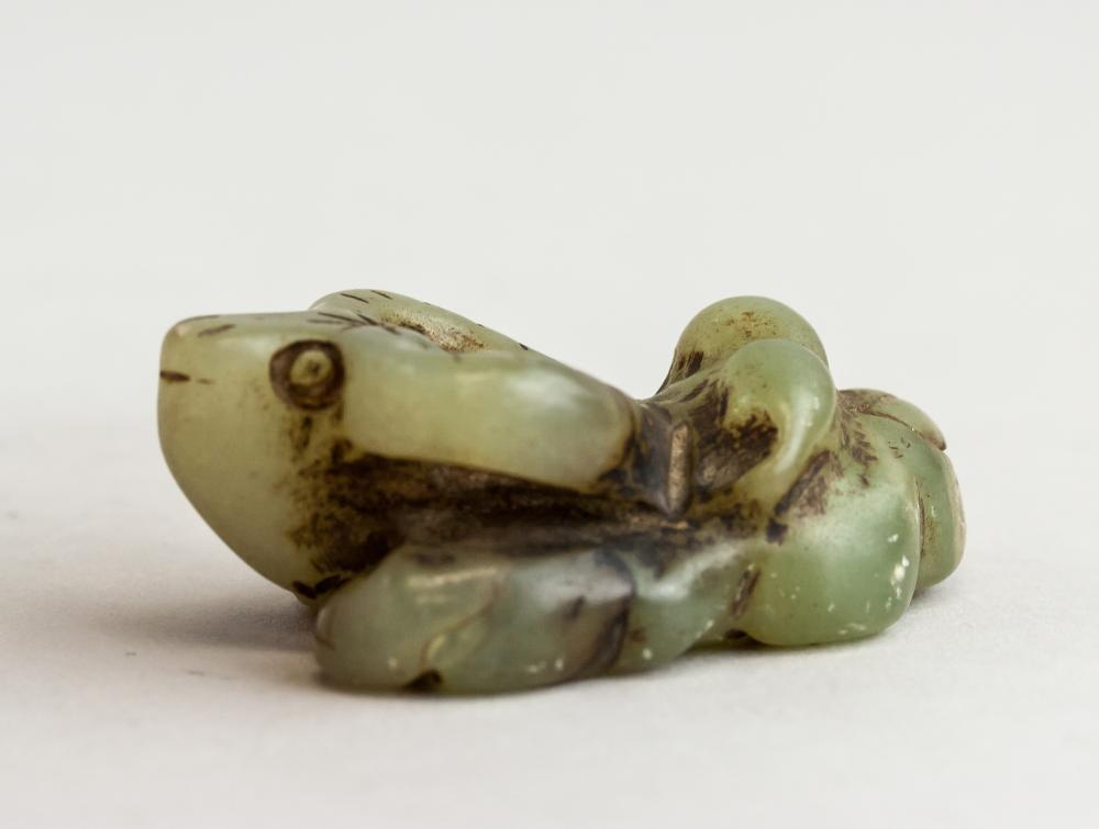 Lot 301: Chinese Green Hardstone Snuff Bottle & Statue