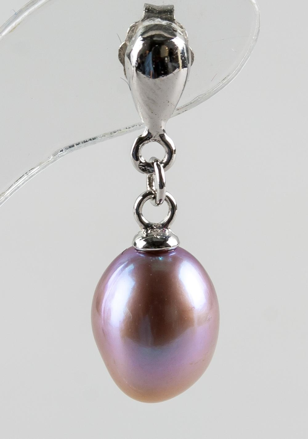 Lot 329: Purple Fresh Water Pearl Earrings