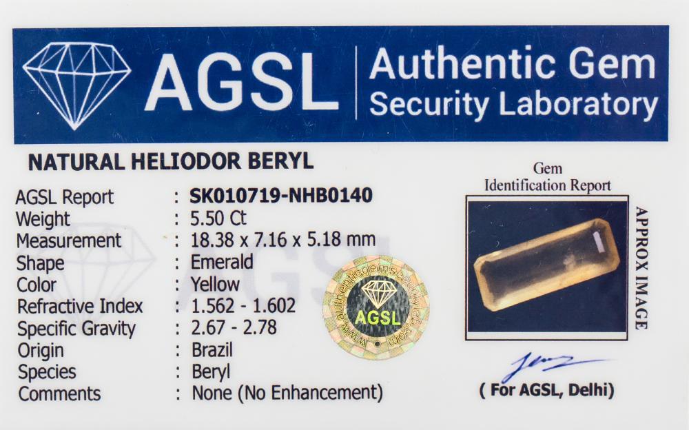 Lot 337: 5.50 Ct Emerald Cut Yellow Heliodor Beryl Gemstone