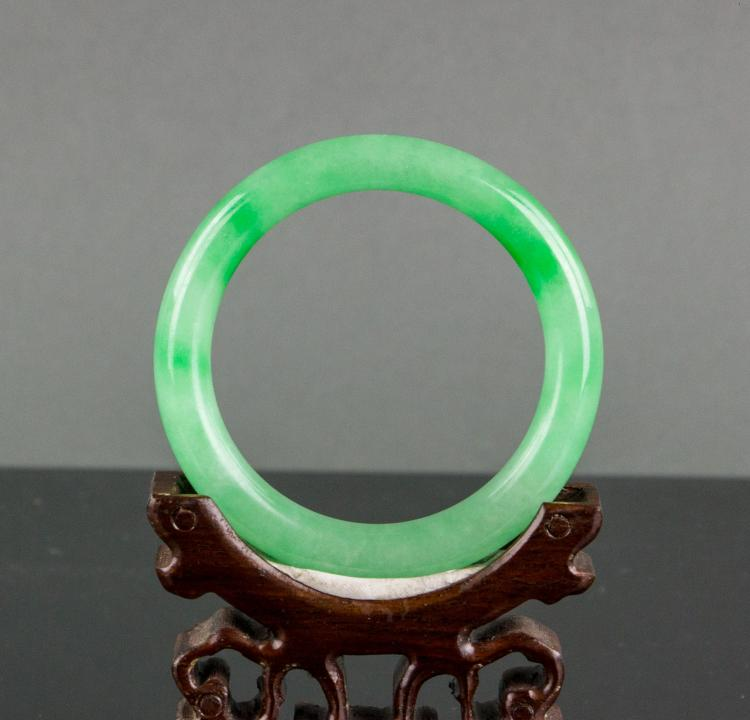 Burma apple green jadeite carved bangle for Furniture 888 formerly green apple