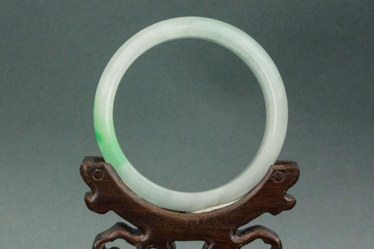 Chinese green jadeite bangle for Furniture 888 formerly green apple