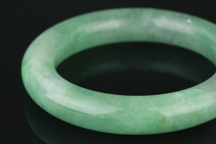 Chinese apple green thick jadeite bangle for Furniture 888 formerly green apple