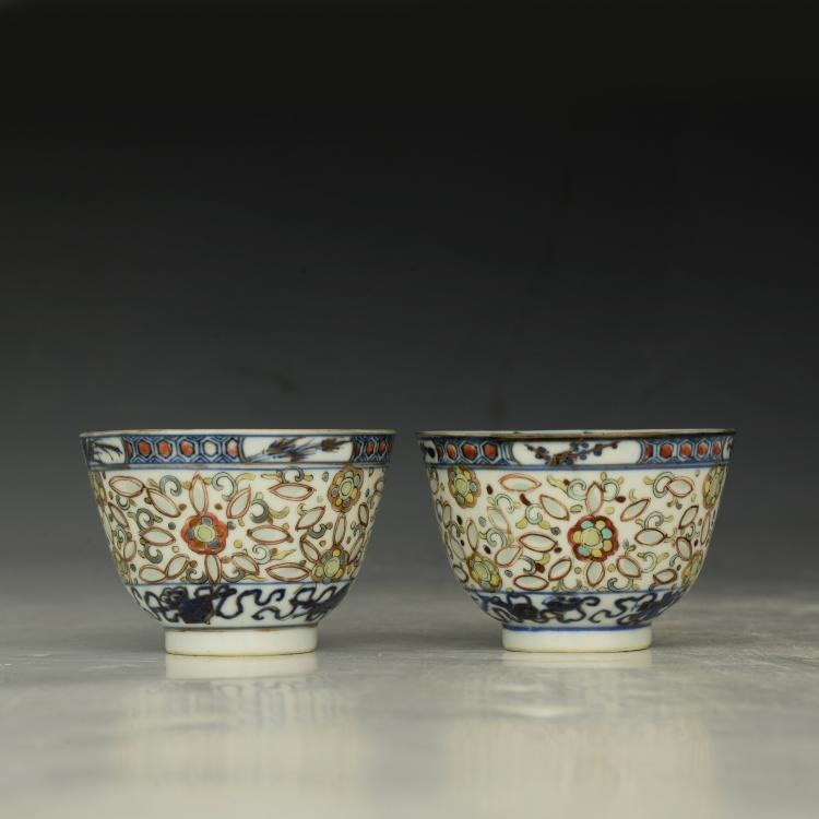 Pair of Antique Chinese Blue and Famille Rose Bowl