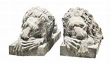 PAIR CAST IRON _ENGLISH_ LIONS