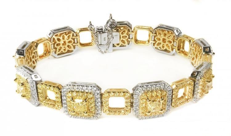 IMPRESSIVE YELLOW DIAMOND AND DIAMOND BRACELET
