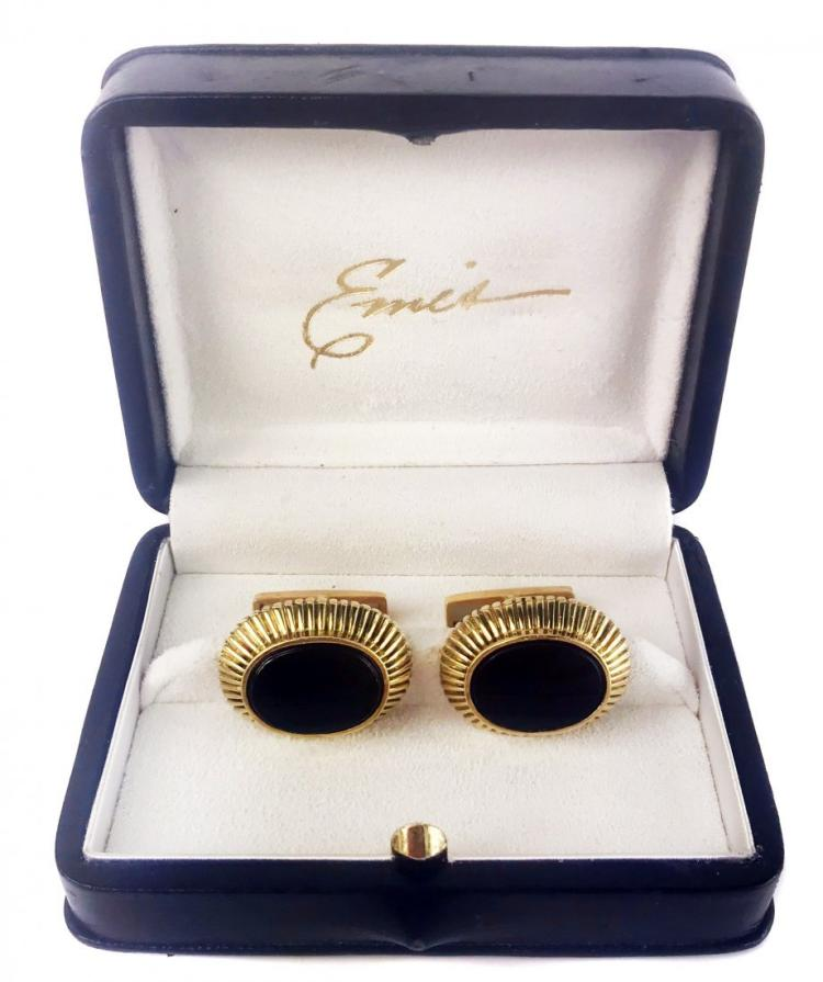 EMIS, A PAIR OF GOLD AND ONYX CUFFLINKS