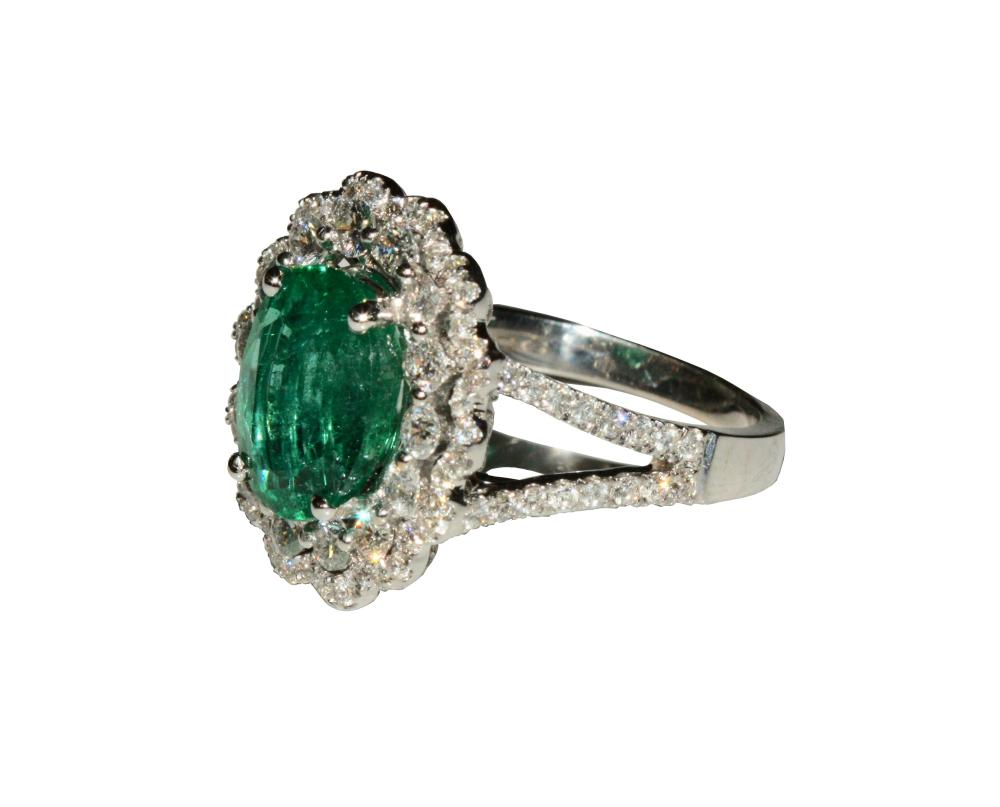 Lot 22: Emerald and Diamond Ring