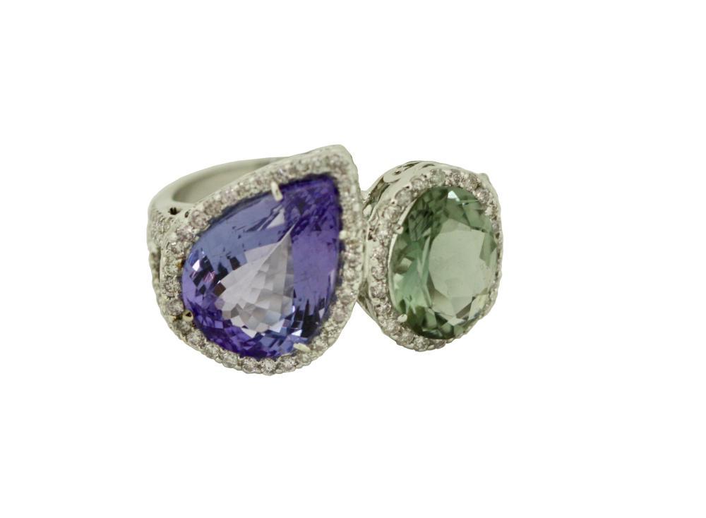 Lot 38: Tanzanite, Green Sapphire and diamond ring