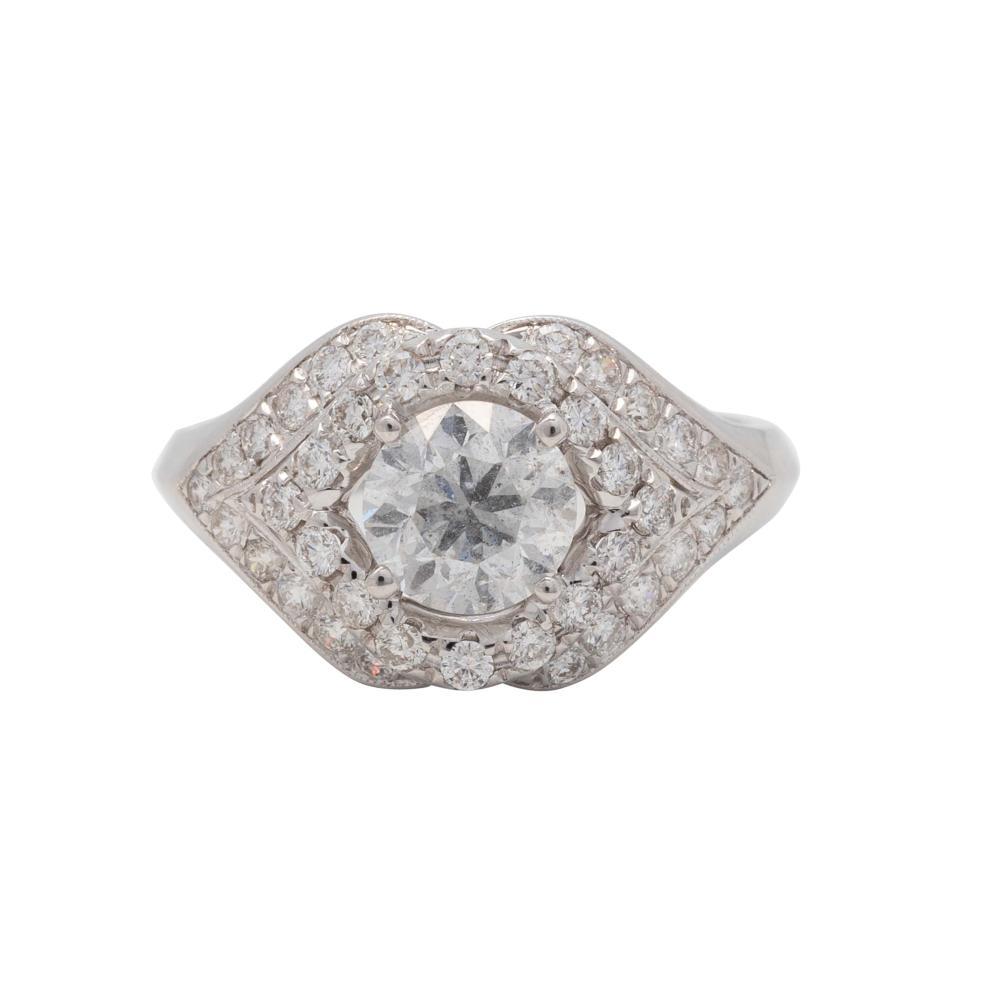 Lot 19: Beautiful Diamond Ring