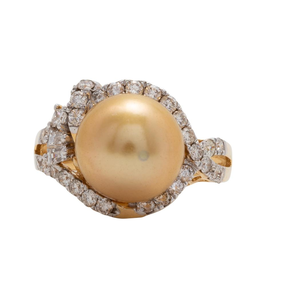 Lot 18: South Sea Pearl and Diamond Ring