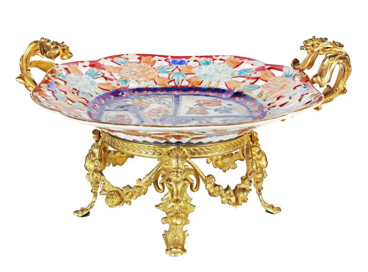 IMARI PORCELAIN CHARGER,WITH GILT BRONZE BASE 19TH CENT