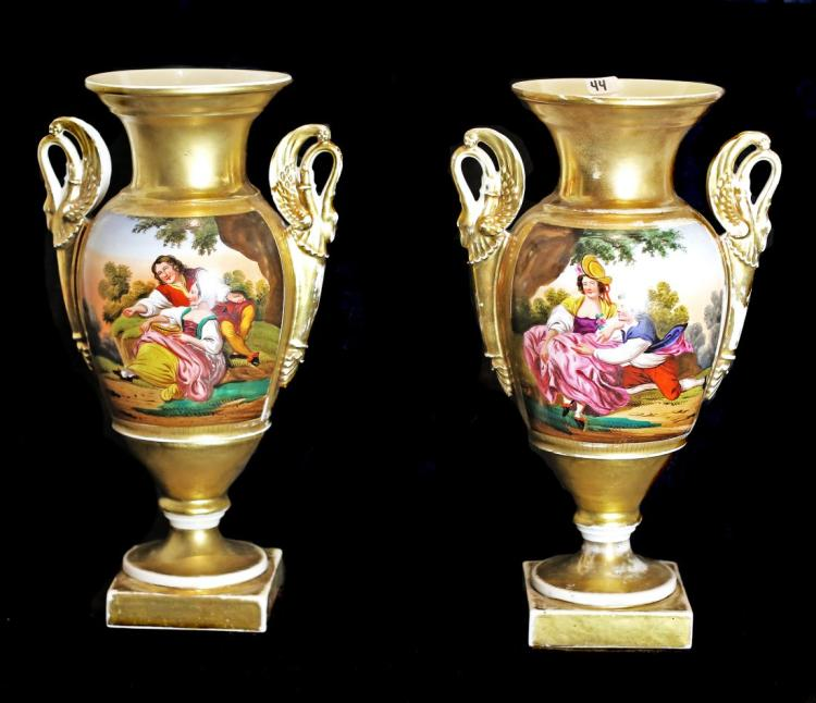 PAIR OF PARIS PORCELAIN GOLD-GROUND VASES