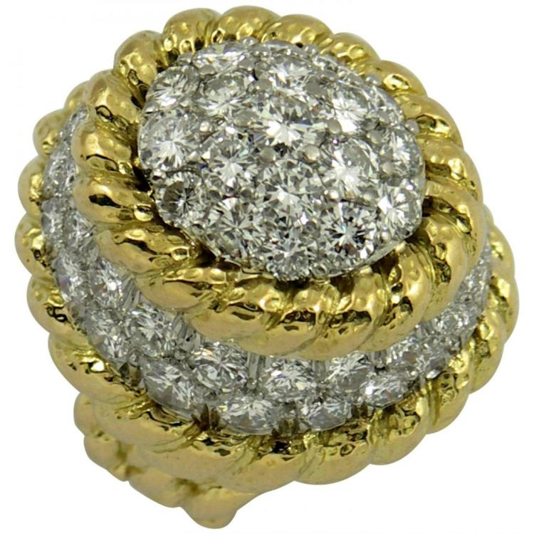 David Webb Large Diamond Gold Ring