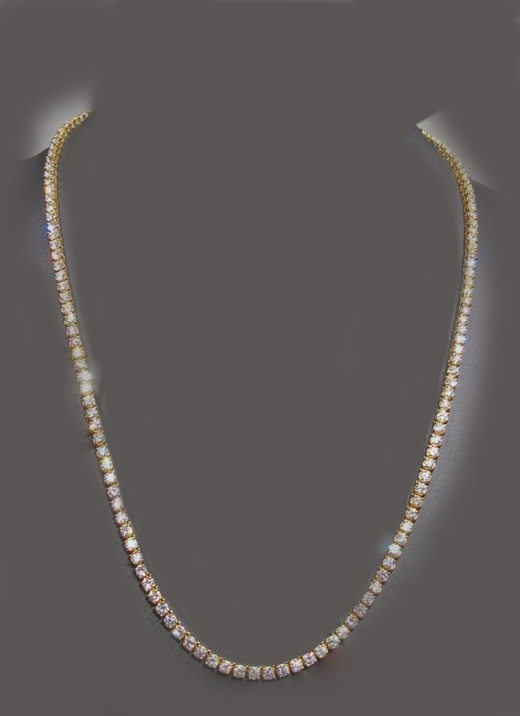FINE GOLD AND DIAMOND NECKLACE