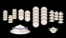 AN EXTENSIVE MINTONS BONE CHINA DINNER SERVICE