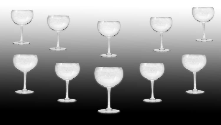 BACCARAT FRANCE 20TH CENTURY TEN GLASSES