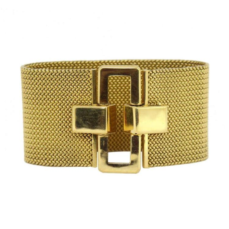 Ladies' Gold Mesh Buckle Bracelet