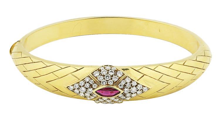 FRED PARIS RUBY DIAMOND GOLD BANGLE