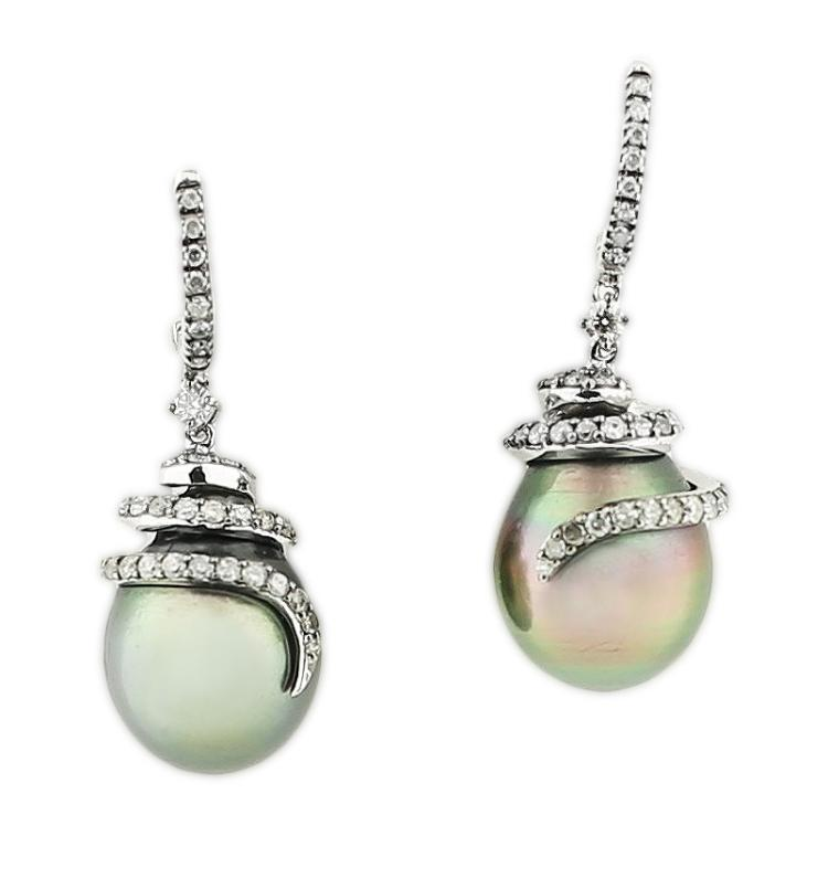 18K TAHITIAN PEARL EARRINGS